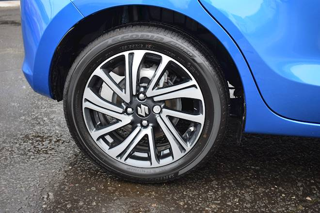 Suzuki Swift 1.2 Dualjet 83 12V Hybrid SZ5 5dr Auto Image