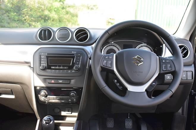 Suzuki Vitara 1.4 Boosterjet 48V Hybrid SZ4 5dr Image