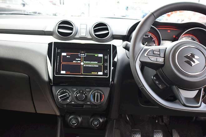 Suzuki Swift 1.2 Dualjet SHVS Attitude 5dr Image